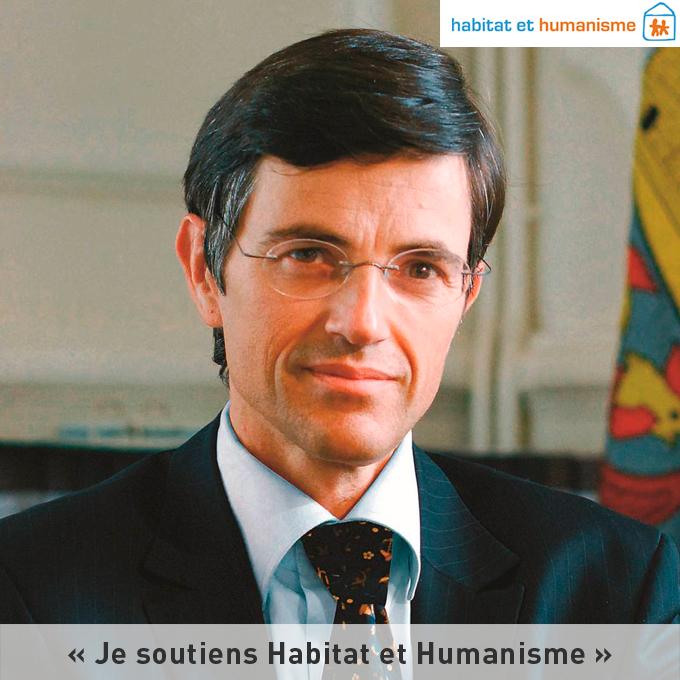 francois-de-maziere-maire-versailles-apporte-soutien-habitat-humanisme