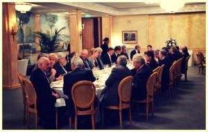Dîner organisé à l'hôtel Le Bristol, autour d'un certain nombre de personnalités qui sont intervenues dans le cadre du Club de l'Audace