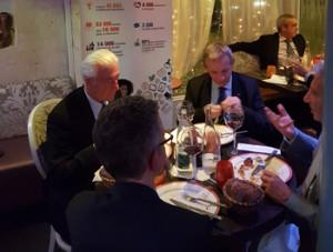 Dîner organisé au Bistrot du Sommelier, autour d'un certain nombre de personnalités issues du monde de l'entreprise, du monde politique et du monde de la culture, dans le cadre du Club de l'Audace